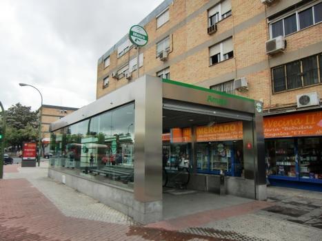 Metrobahnhof Amate