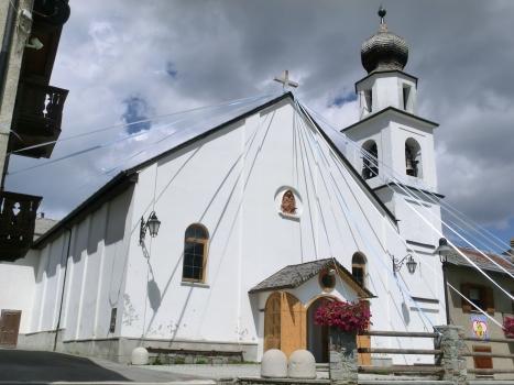 Sant'Anna Parish Church in Trepalle