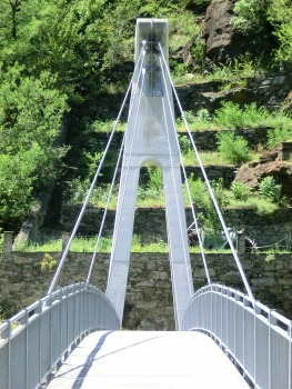 Bourg cable-stayed footbridge
