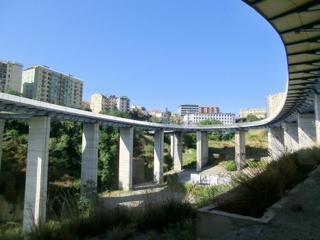 Kreisverkehrsbrücke Gualtieri