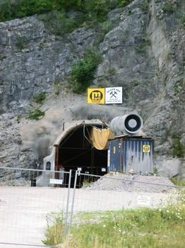 Kramer Tunnel, safety tunnel western portal