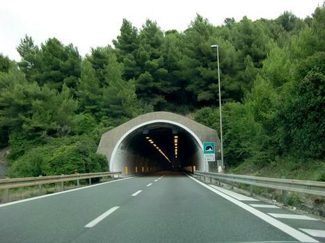 Colle Dico-Tunnel