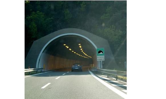 Monte Grosso western portal, eastbound direction