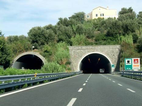 On the left, Siri Tunnel western portal; on the right, Rossello M.G. Tunnel western portal