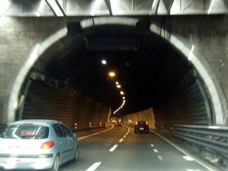 Tunnel de Sestri
