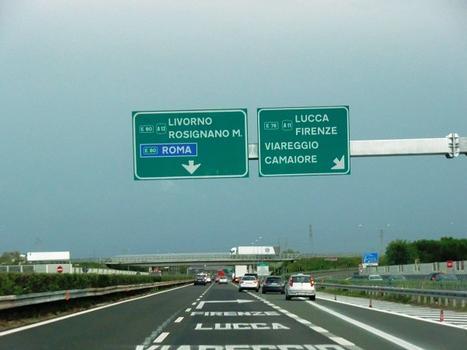 A 11 Motorway connection on A 12 Motorway at Viareggio