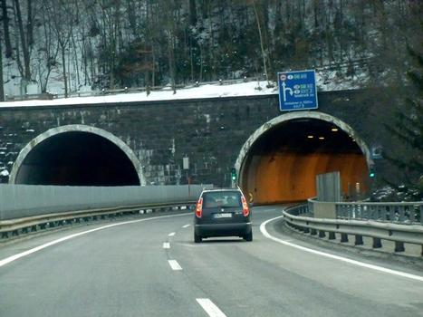 Bergisel Tunnel, southern portals