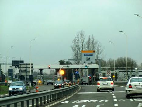 A 53 Motorway (Italy): connection with A7 motorway at Bereguardo toll barrier