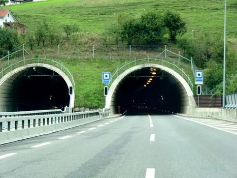 Tunnel Uznaberg