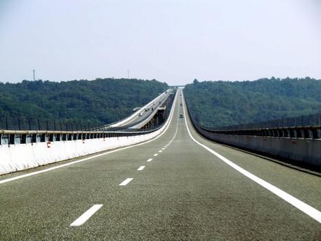 Talbrücke Generale Franco Romano Nord