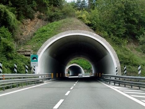 Tunnel Zemola I