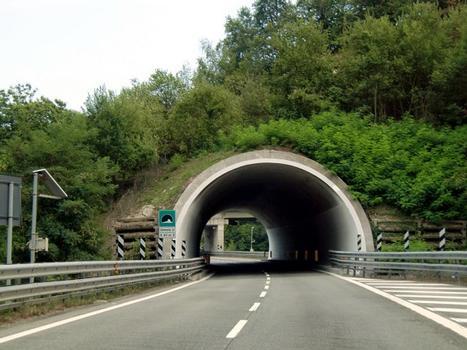 Tunnel Zemola II