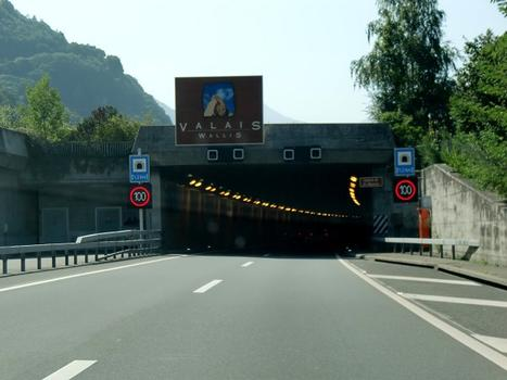Saint Maurice tunnel, northern portal, southbound direction