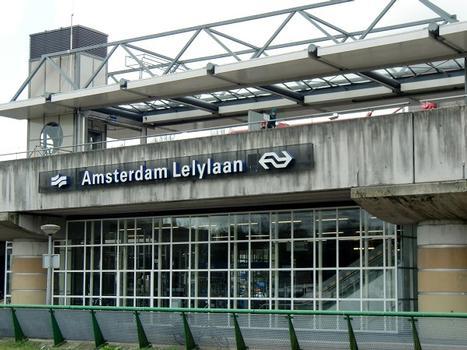 Bahnhof Lelylaan