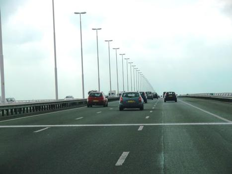 Autobahnbrücke Hollandsch Diep