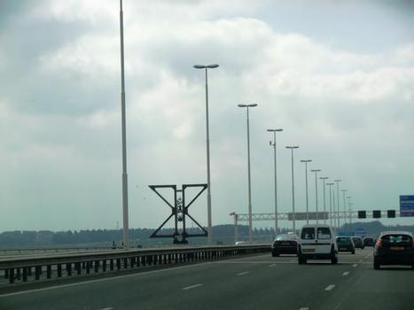 Pont-autoroute Hollandsch Diep