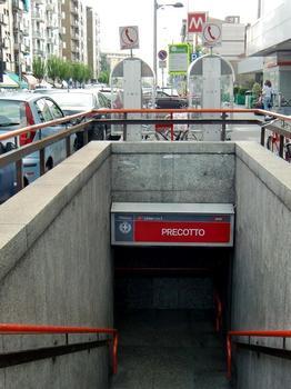 Gare de métro Precotto