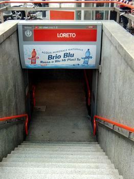 Loreto Metro Station, lines 1-2 access