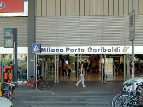 Milano Porta Garibaldi Station, access