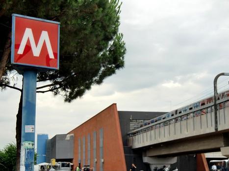 Metrobahnhof Ponte Mammolo