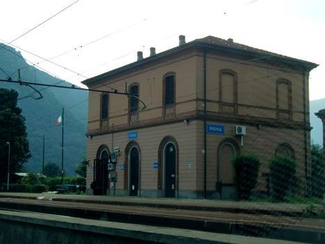 Bahnhof Piona