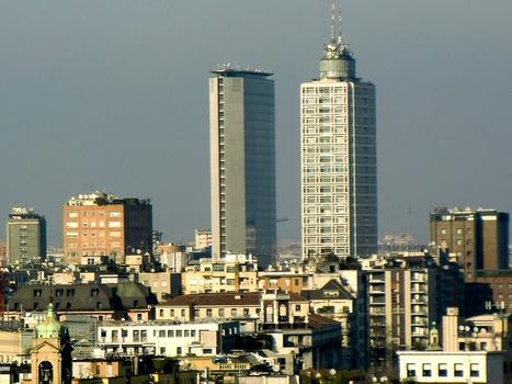 Breda Tower (on the right); on the left, Pirelli tower