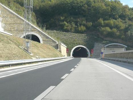 Tunnel Dekani