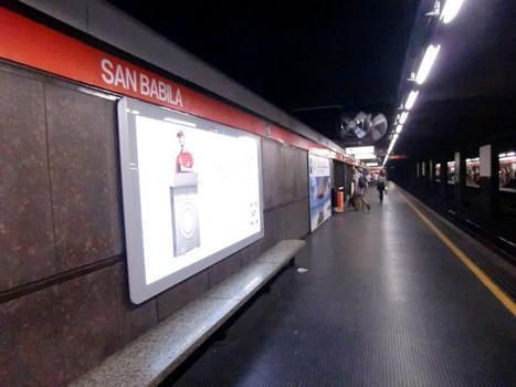 San Babila Metro Station, platform
