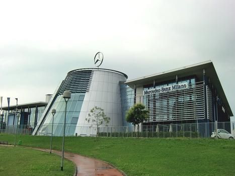 Mercedes Benz Center