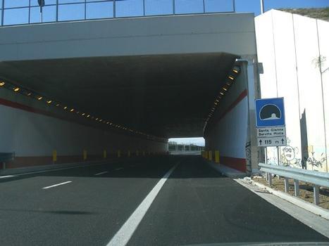 Santa G. Beretta Molla Tunnel