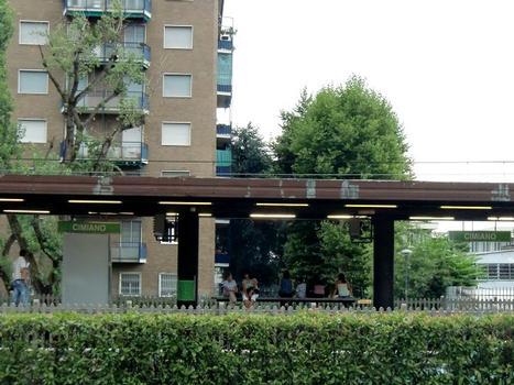 Cimiano metro station, platform