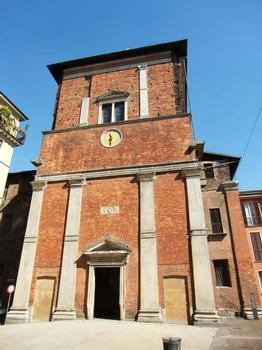 Basilica of San Nazaro in Brolo, entrance through Trivulzio Chapel (1512-1550, arch. Bramantino)