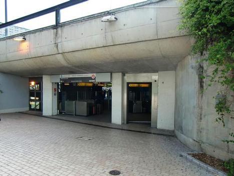 Metrobahnhof Gorge de Loup