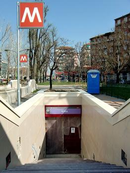 Istria Metro Station - access