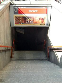 Wagner Metro Station, access