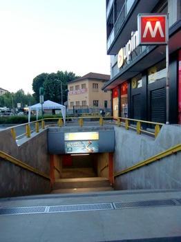 Corvetto Metro Station, access