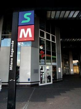 Milano Rogoredo FS Station, M3 and Passante access