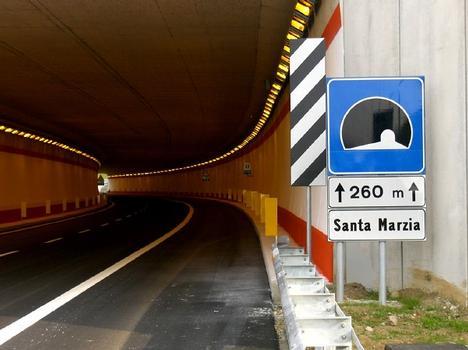Santa Marzia-Tunnel