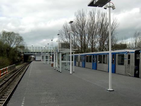 Metrobahnhof Gaasperplas