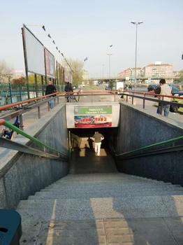 Famagosta Metro Station, access