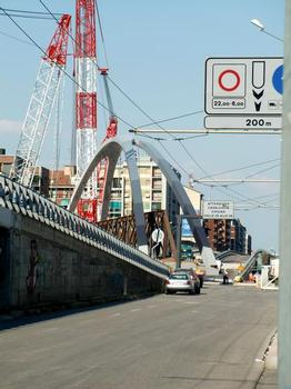 Serra arch footbridge, translation across viale Renato Serra