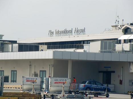 Flughafen Pisa