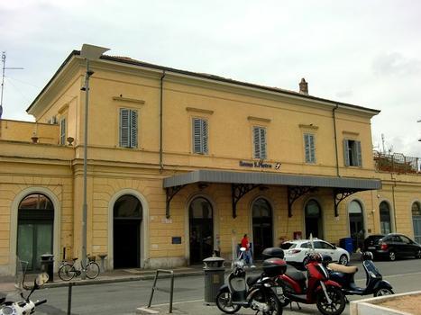 Bahnhof Roma San Pietro