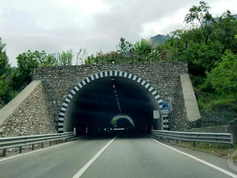 Tunnel Marina