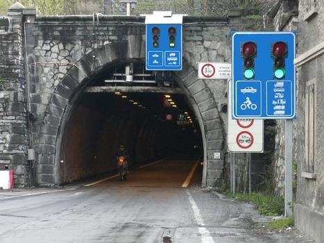 Tende tunnel Italian portal