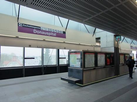 Donauspital Metro Station, platform