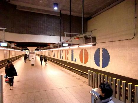 Waterlooplein Metro Station, platform
