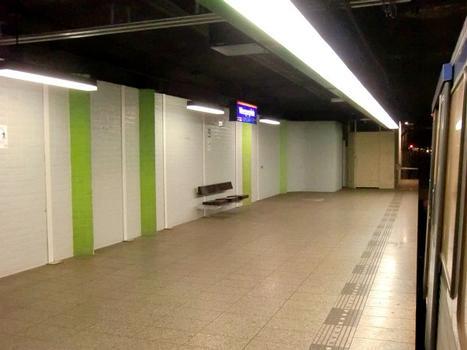 Metrobahnhof Weesperplein