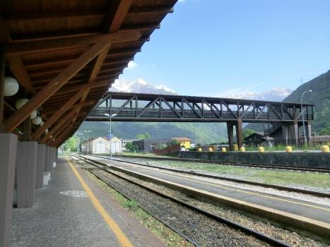 Passerelle de la gare d'Edolo