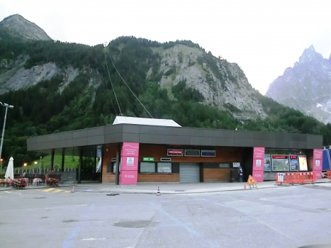 Funivia Val Veny lower station